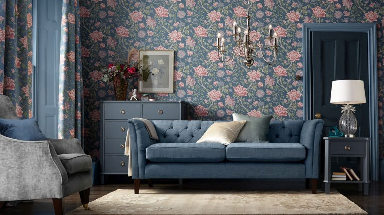 It's all about full-bloom florals in decor this season